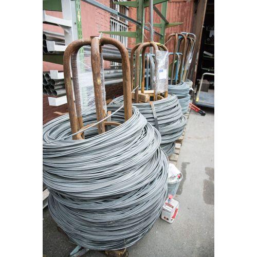 El hierro galvanizado alambre obligatorio del alambre de tensión 0.6-8m m florece la malla del tinker 10-500 metros, acero